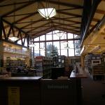 North_Bend,_WA_public_library_interior